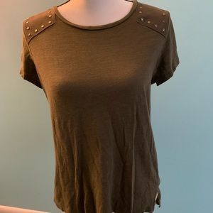 A.N.A. Olive Green Short Sleeve Casual Top Small